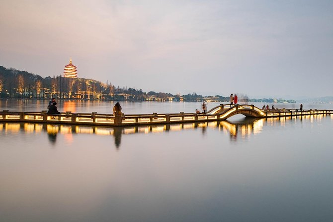 2 Days 1 Night Classic Tour to Catch the Highlights in Hangzhou