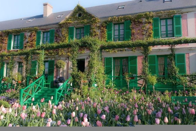 From Paris: discovery of Monet's house and its gardens in Giverny