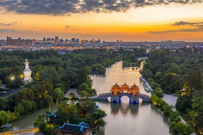 Yangzhou Business Visits from Nanjing with Private Car and Driver service