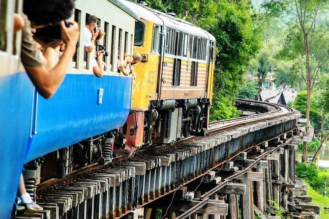 Ponte sobre o rio Kwai e Tailândia-Burma Railway Tour