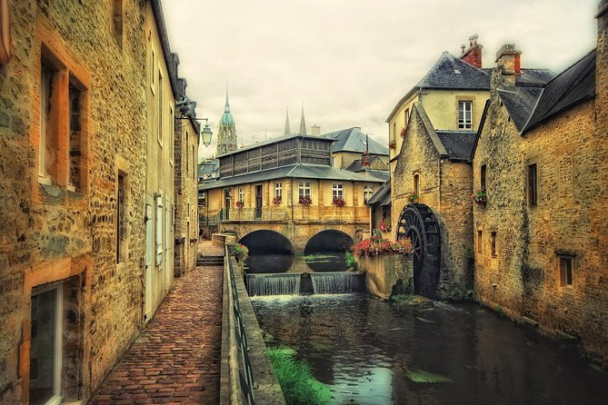 Private 8-hour tour to Bayeux & Caen from Le Havre cruise port with driver/guide