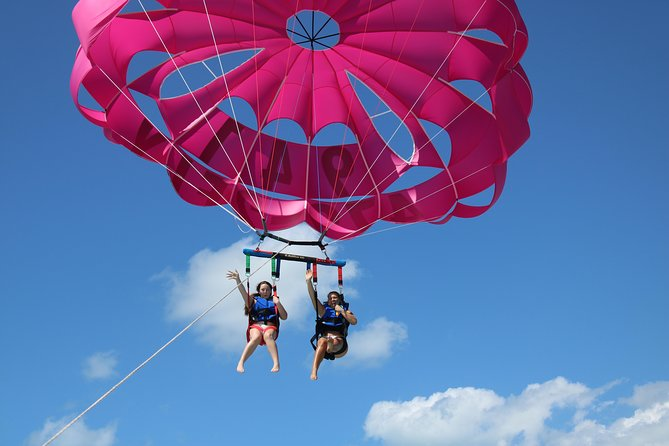Parasail Over the Beautiful Waters of Siesta Key Florida
