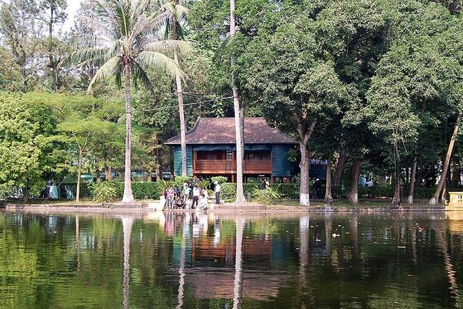 Hanoi city tour with Bat Trang Pottery village or Vietnam Museum of Ethnology