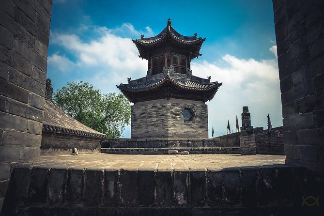 1-Day Pingyao tour to Wang Family's Compound and Zhangbi Ancient Fortress