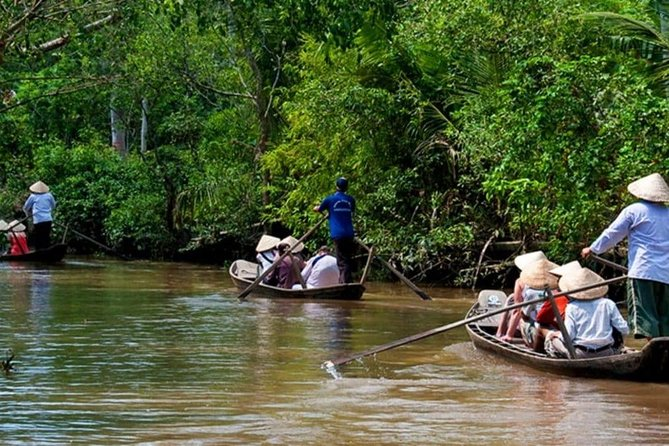 PRIVATE COMBINED Mekong delta & Cu Chi Tunnels Full Day