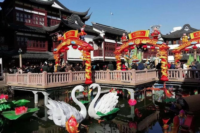 Shanghai Private Tour: Yu Garden, Former French Concession, Fuxing Park and More