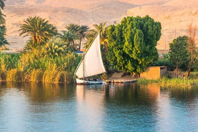 Luxor Felucca Boat Ride and Banana Island Visit Including Lunch or Dinner