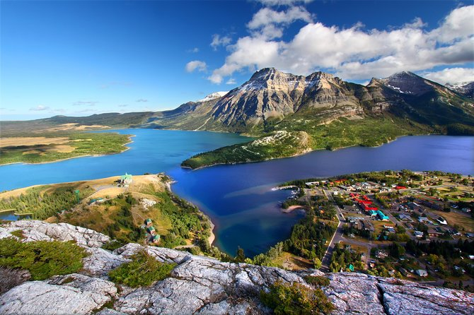 Waterton Lakes National Park 1-Day Tour from Calgary