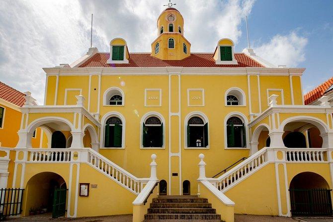 Historic Walking tour through Otrobanda & Punda