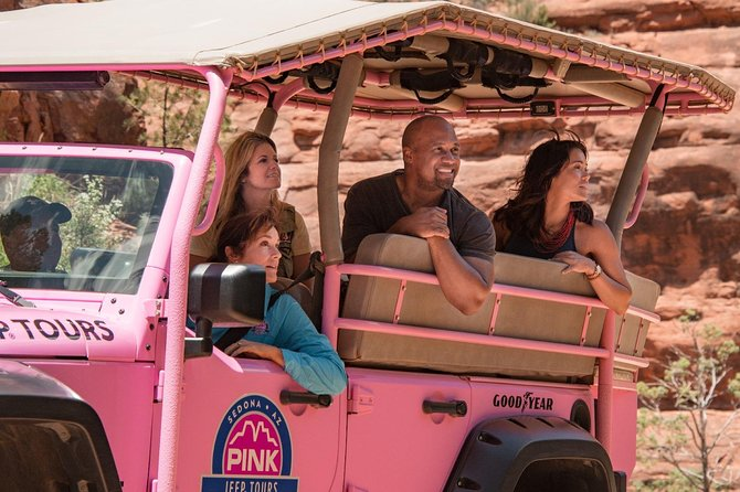 Broken Arrow and Scenic Rim Combo Tour by Open-Air Jeep from Sedona