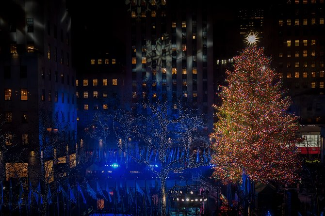 VIP Christmas Tree Lighting Ceremony Viewing in Equinox Rockefeller Center