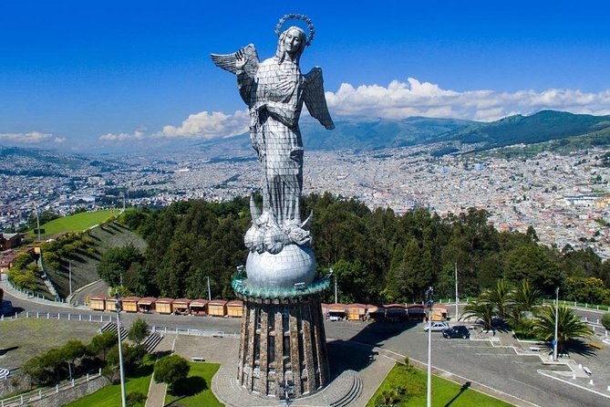 City Tour: Historic Quito + Middle of the World