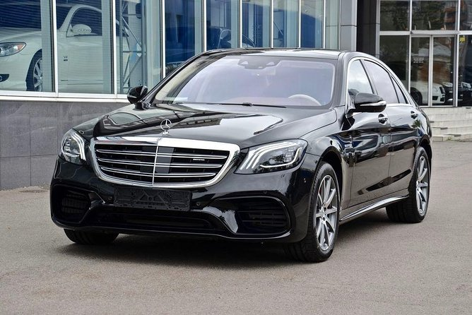 Malaga Airport Transfers : Malaga Airport AGP to Malaga City in Luxury Car