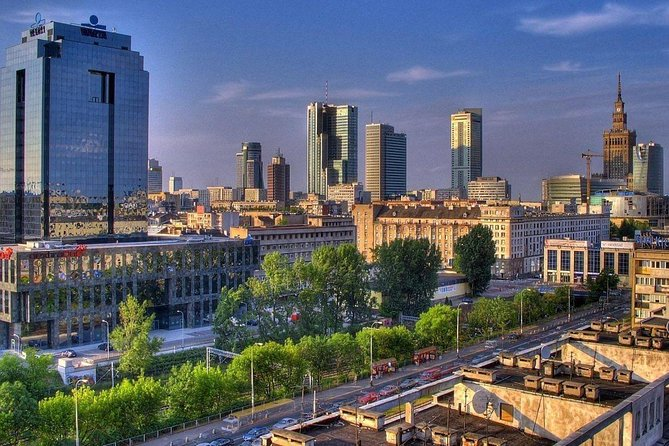 Warsaw Airport Transfers : Warsaw Airport WAW to Warsaw City in Luxury Van