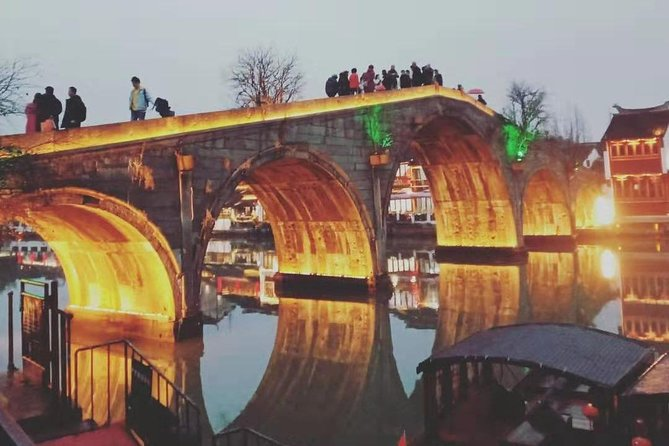 Private Tour with Zhujiajiao Ancient Town and Must-see attractions in Shanghai