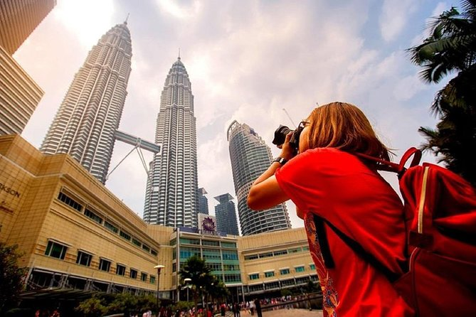 Skip the Line: Petronas Twin Tower Ticket Lunch & Round Trip Hotel Transfer