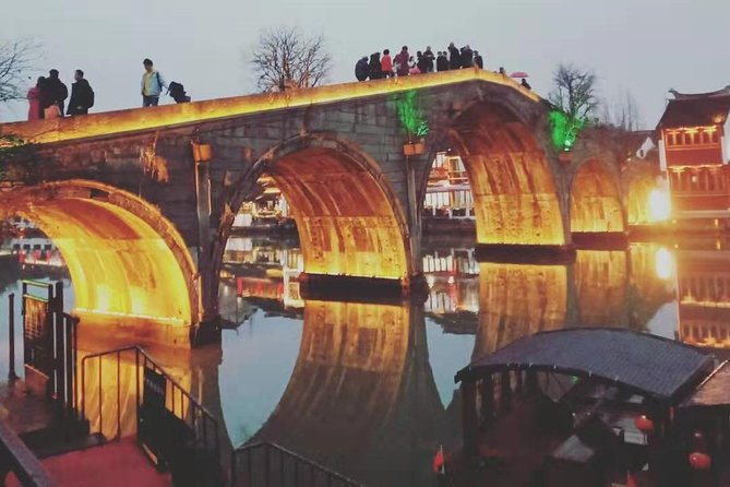 Shanghai Private Tour Zhujiajiao Ancient Town and Sunset in Oriental Pearl Tower