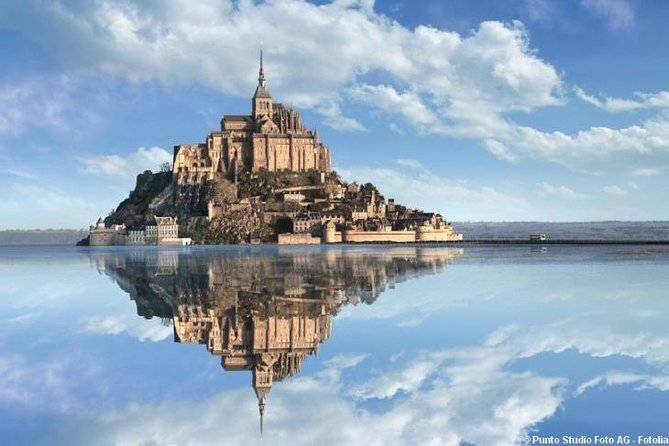 Visit Mont St. Michel from Paris by train, 1-Day private tour