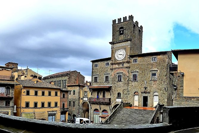 Art & Wine Tour - Daytrip in Cortona and Montepulciano Wineries