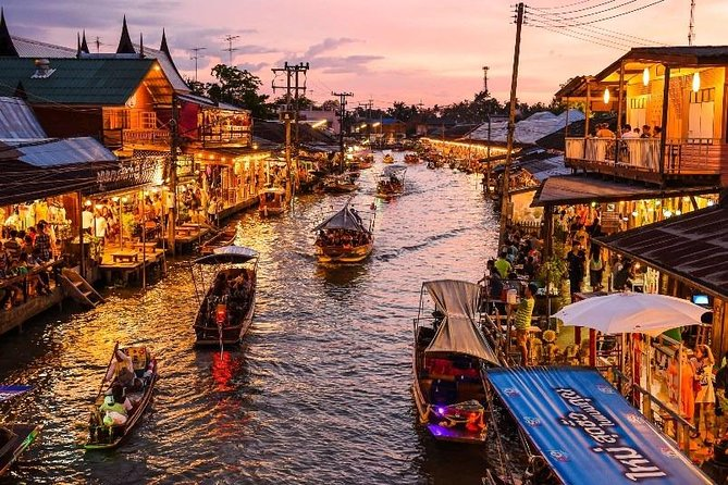 Amphawa Floating Market private tour