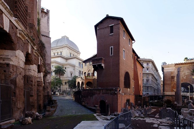 """""""When in Rome, do as the Romans Do!"""" Rome StreetFood with Friendly Local Guide"""