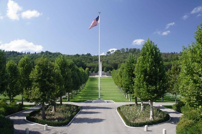 Tuscany Tour: Florence American Cemetery, Chianti Wine Region & San Gimignano