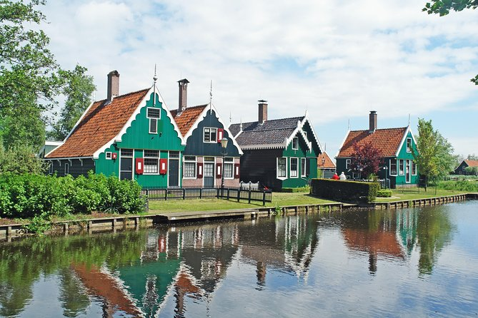 Giethoorn and Zaanse Schans - Day Tour