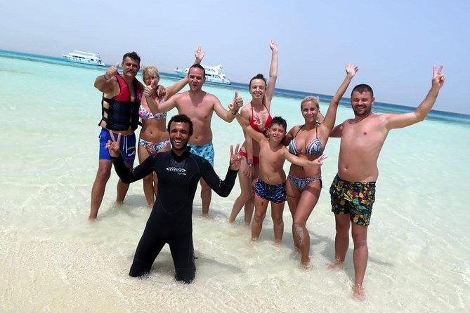 VIP PYRAMIDS - White Island Snorkel Excursion