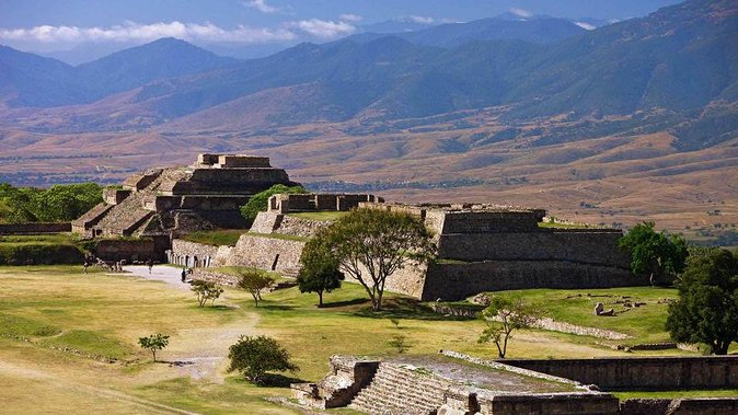 Monte Alban, Coyotepec and Villages Full-day