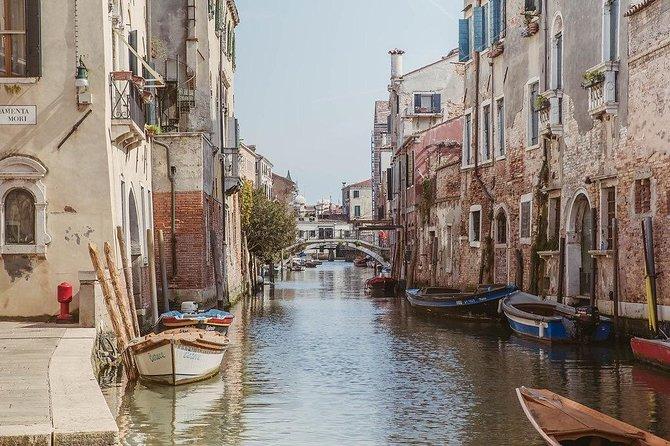 Discover Cannaregio district and the jewish ghetto