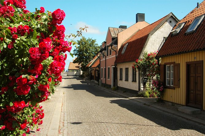 Visby Airport (VBY) to City Center to Airport - Private Transfer