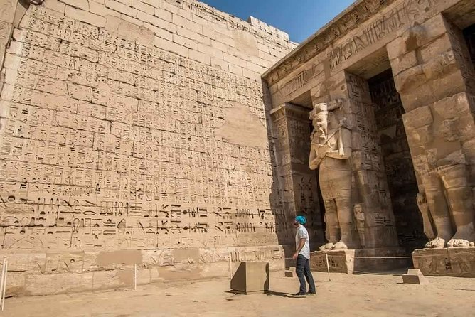 Luxor: Full Day Guided Tour East and West Banks