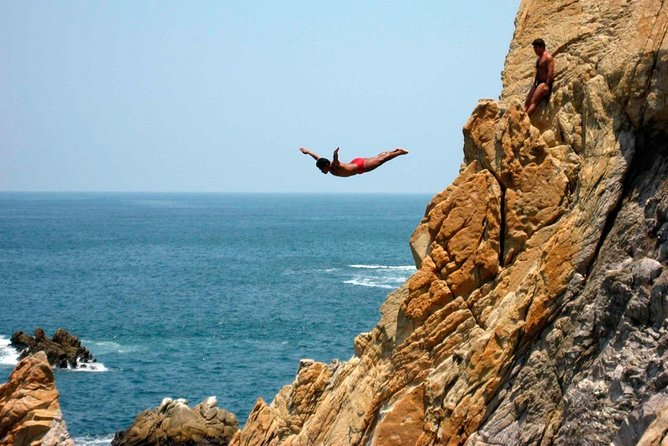City tour with Diving Show in Acapulco