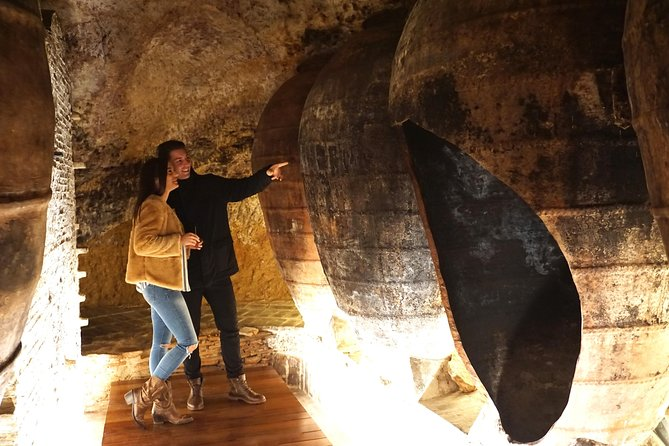 History and wines tour