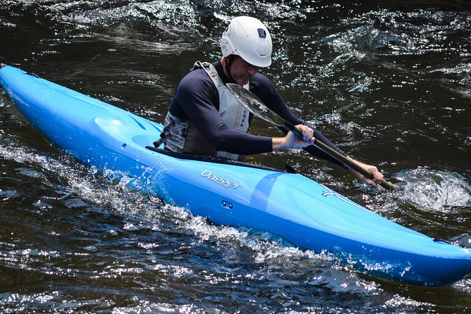One Day Tandem Kayaking Adventure Tour in Jinja