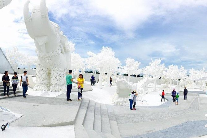 Frost Magical Ice Of Siam at Pattaya with Return Transfer
