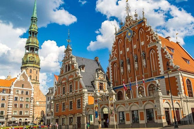Excursion to old town and center with guide, Riga
