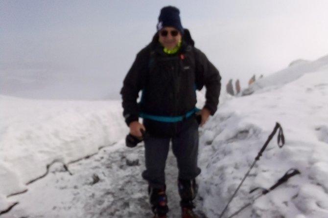 Climb Mount Kilimanjaro via Machame route 7 days.