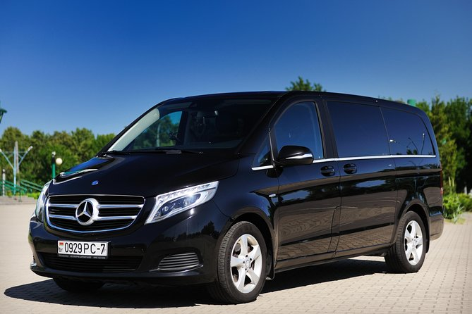 Private CDG Airport Transfer Minivan From or To Paris