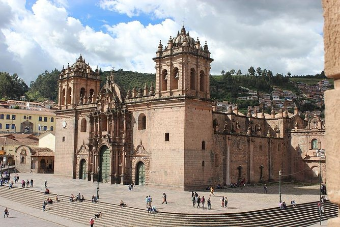 Cusco by Yourself with English Chauffeur by Sedan