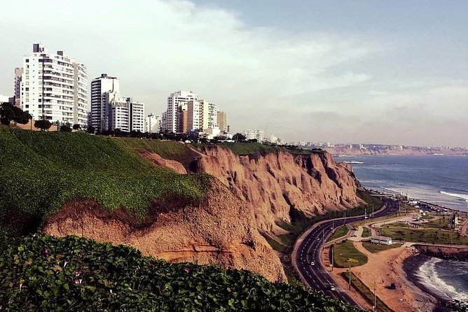 Lima by Yourself with English Chauffeur by Business Car