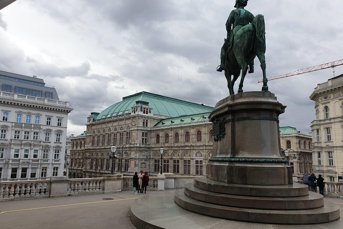 Vienna only for you - Vienna Private Walking Tour, in English German and Italian