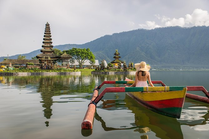 Best of Bedugul: Ulun Danu Temple, Gitgit, Twin Lake, Jatiluwih and Coffee Tour