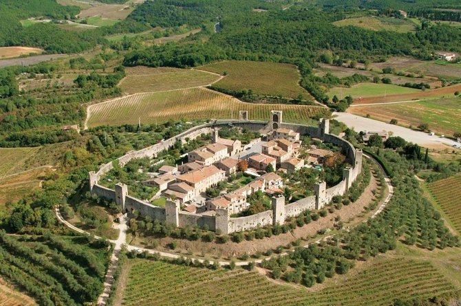 "Full-Day ""Francigena Ways"" in Chianti with Lunch and Wineries"