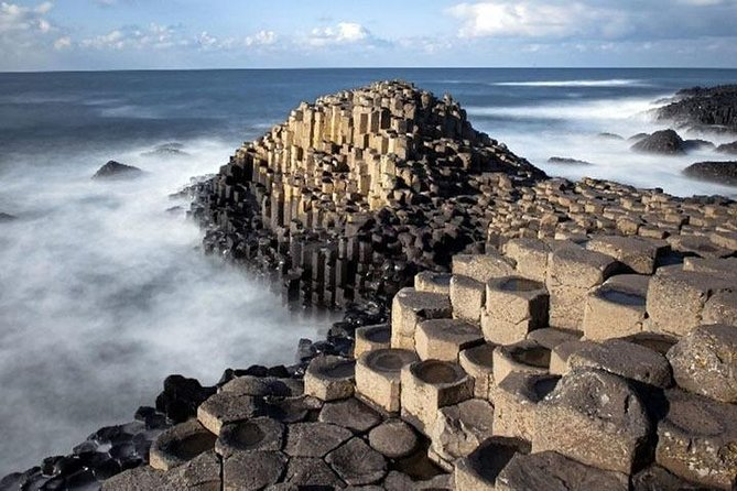 BelfastBlackTaxiTour Giants Causeway and North Coast 8 hour Tour