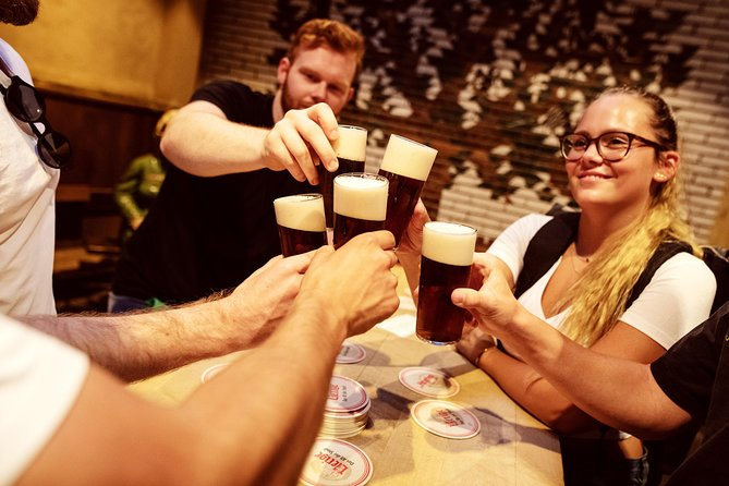 Brewery Tour Düsseldorf in English (inc. 4 beer)