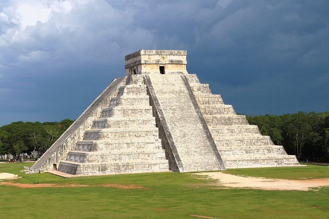 Wonders of the Mayab: Chichen Itza, Yokdzonot Cenote & Cooking Class