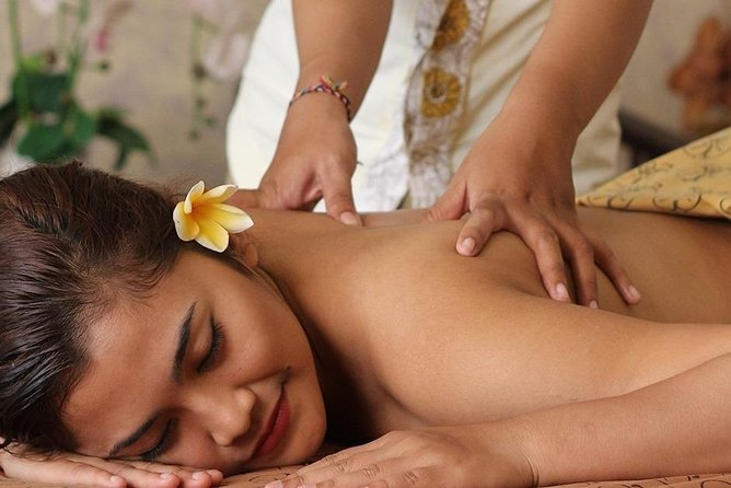 2-Hour Bali Aromatherapy Massage with Hotel Pick Up