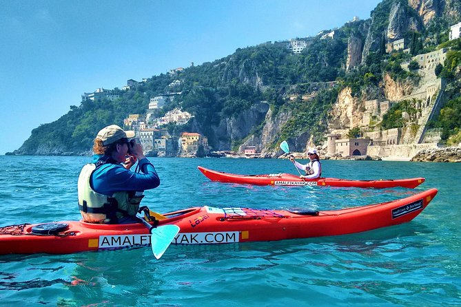 Amalfi Coast Kayak Tour along Arches, Beaches and Sea Caves