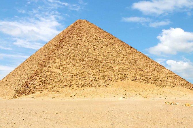Private Day Tour to Giza pyramids, Sphinx, Saqqara, Memphis & Dahshur + Lunch